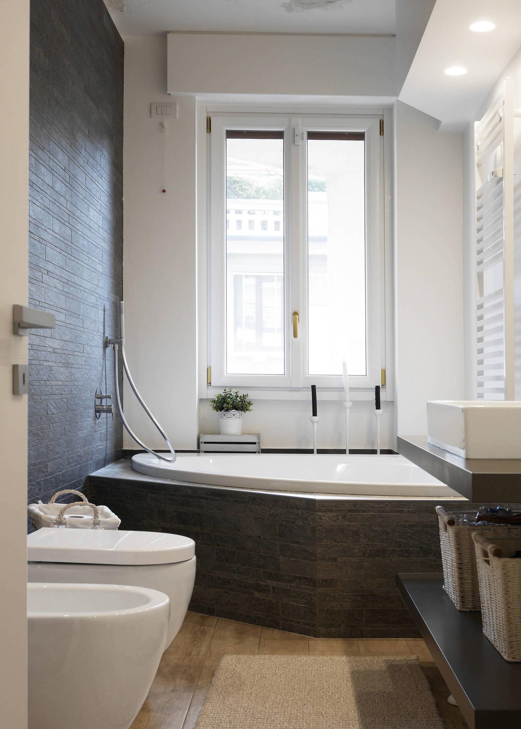 Es lohnt sich Ihr kleines Bad mit Badewanne auszurüsten