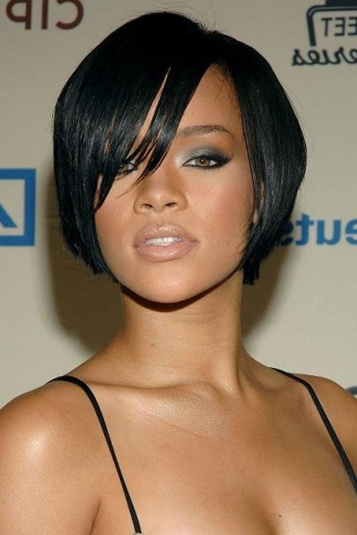 Die Angesagten Kurzhaarfrisuren Fur Feines Haar In Schwarzer Farbe