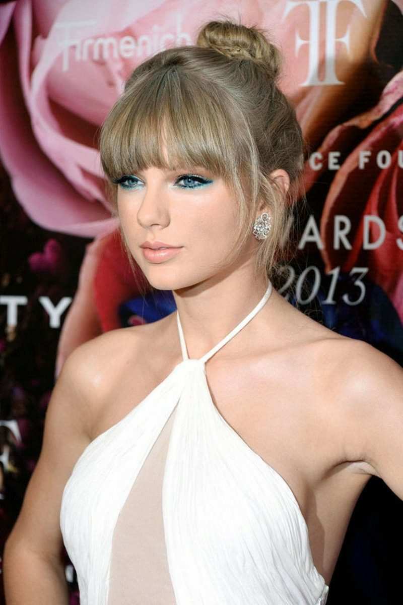 Frisuren halblang Pony Frisur Taylor Swift