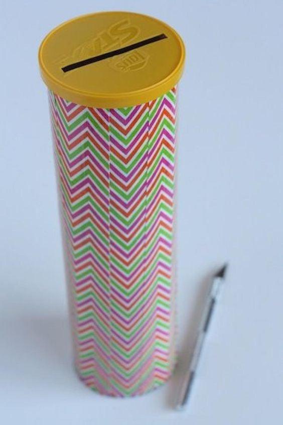 Leere Dosen Upcycling - DY Ideen mit Pringles Dosen basteln