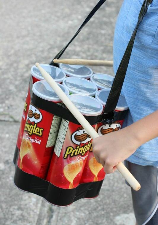 Spielzeuge selber machen mit Pringles Dosen basteln