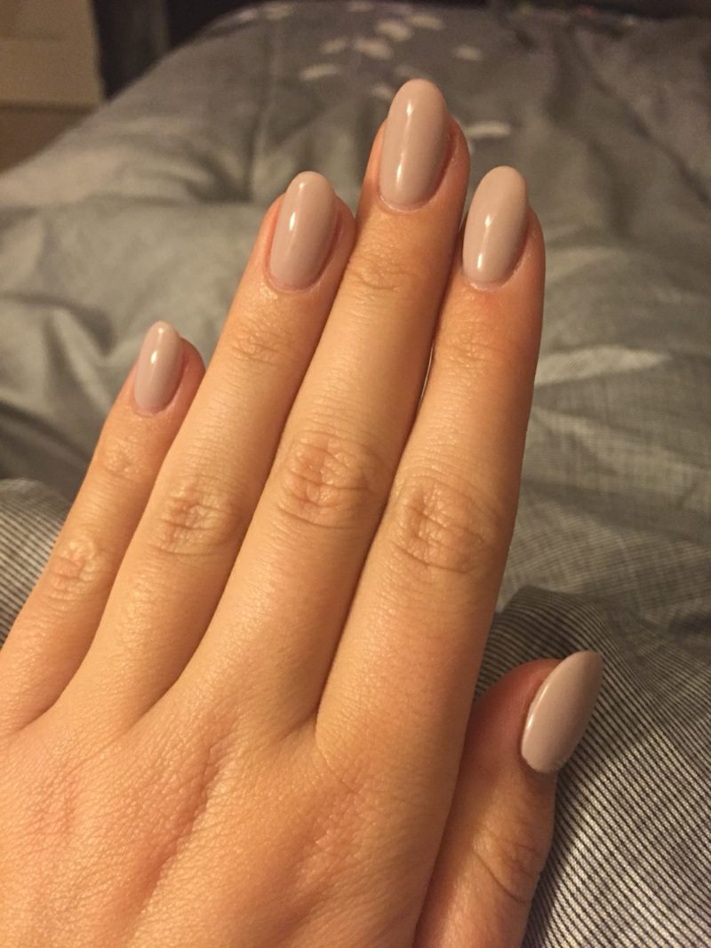 Acryl Nägel in Beige Naturlook