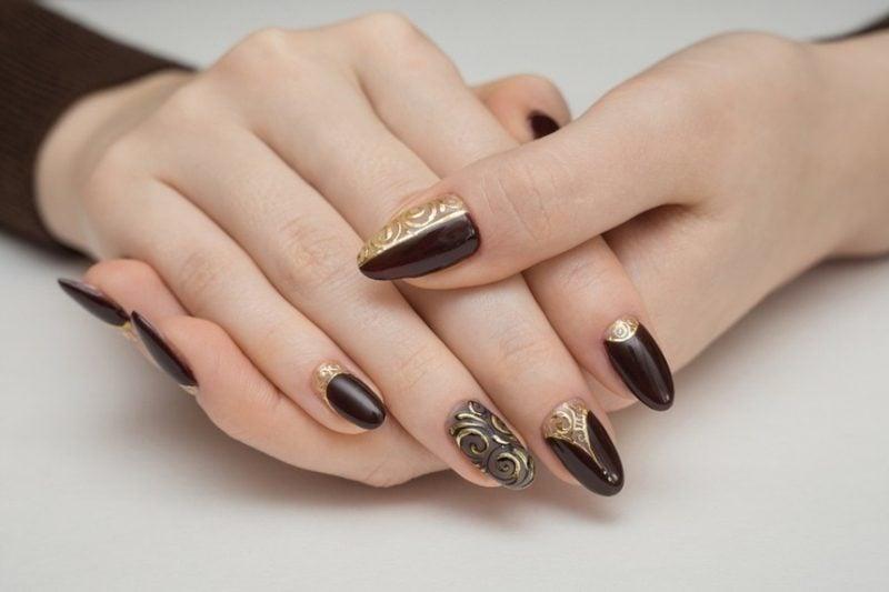 Acryl Nägel schwarz gold matt