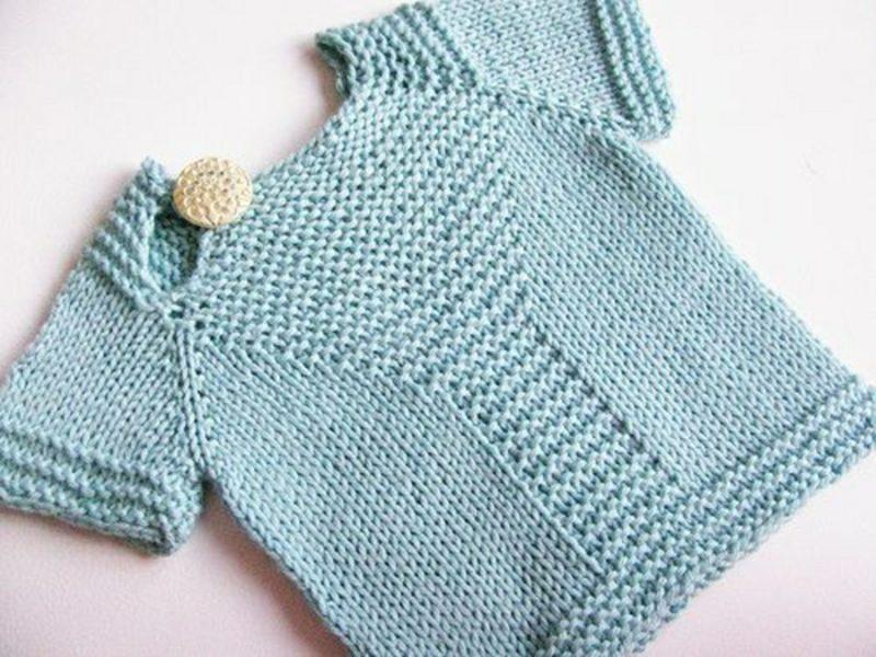 Baby Pullover stricken sehr elegant ein Knopf