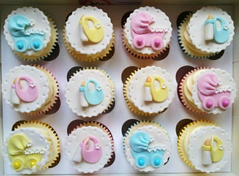 Babyparty Deko herrliche Cupcakes