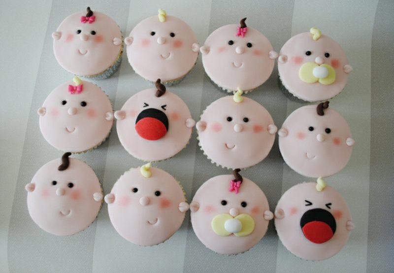 Babyparty Deko Cupcakes verzieren mit Fondant