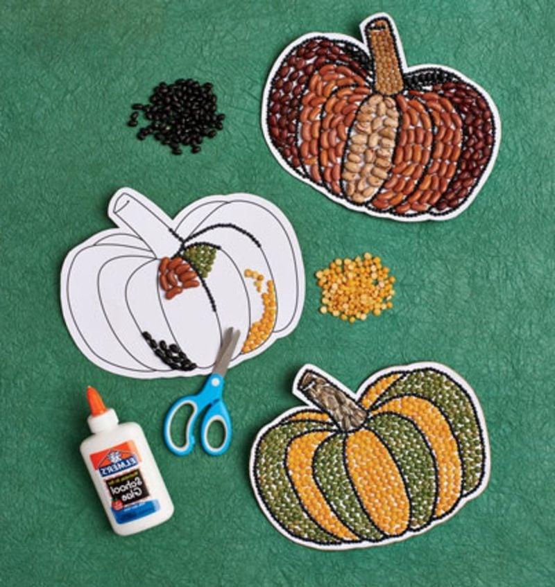 Herbstbasteln mit Kindern Mosaik Kürbis