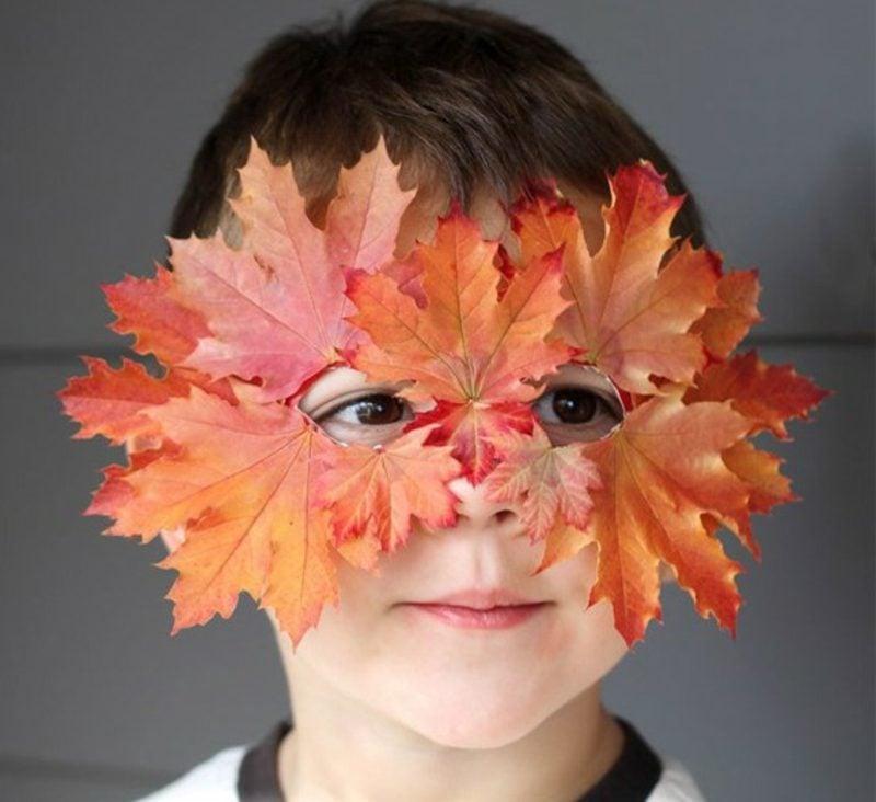 Herbstbasteln mit Kindern Maske