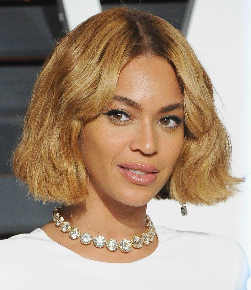 kurzer Bob goldblond Beyonce