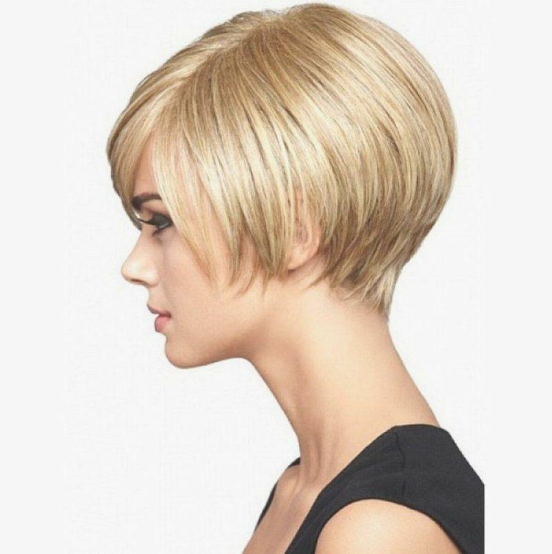 kurzer Bob blond asymmetrisch Volumen Hinterkopf