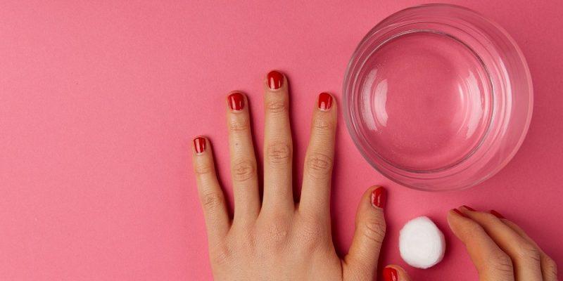 Acryl Nägel vs. Gelnägel Anleitung zum Selbermachen