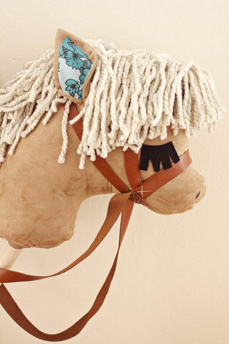 Steckenpferd basteln Pony Filz niedlich