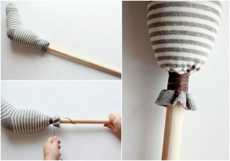 Steckenpferd basteln Socke befestigen Besenstiel