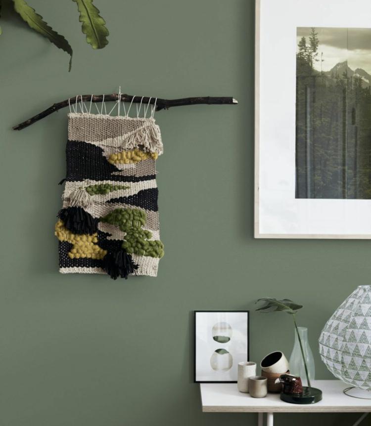 Khaki Farbe im Interieur