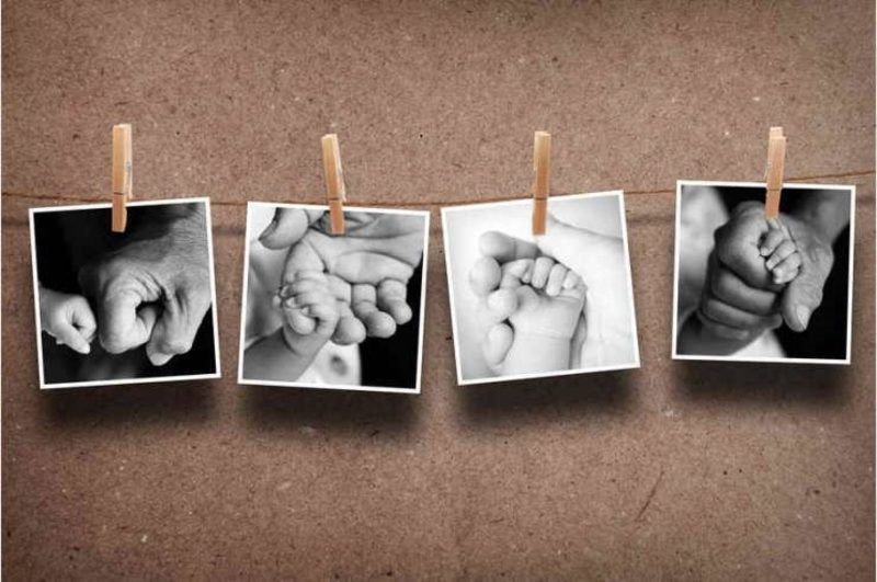 Fotowand gestalten ohne Bilderrahmen Babyfotos