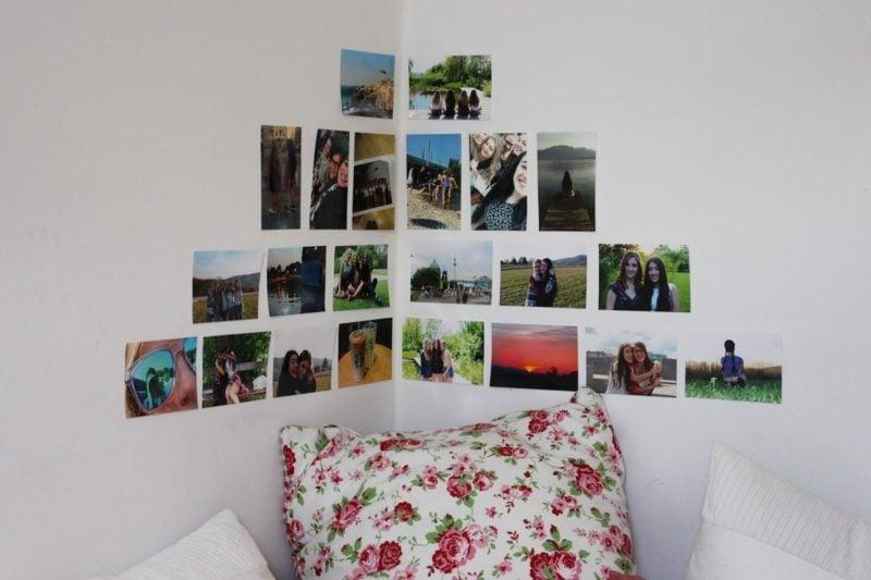Fotowand gestalten ohne Bilderrahmen an der Ecke
