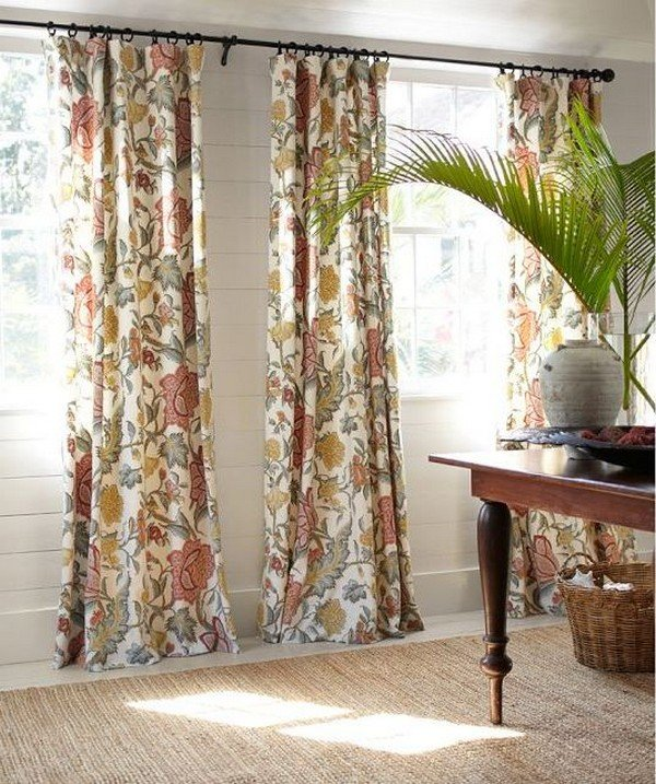 Gardinen Dekorationsvorschläge lang florale Motive