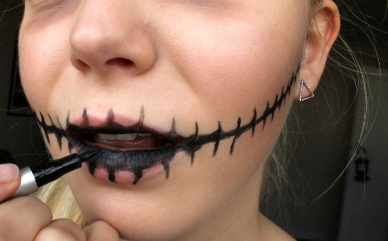 Halloween Make up einfach Zombie Mund schminken Eyeliner