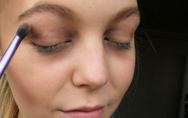 Halloween Make up einfach Augen schminken gruselig