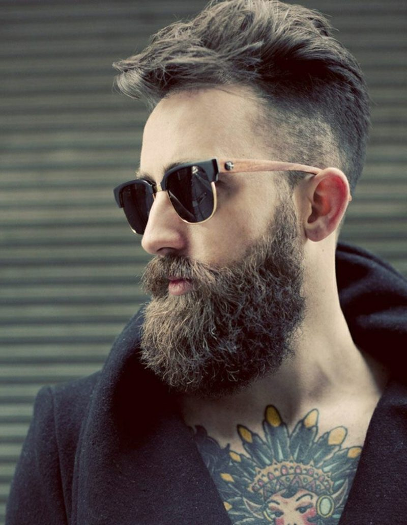 Bartfrisuren Hipster Bart Tattoos Sonnenbrillen