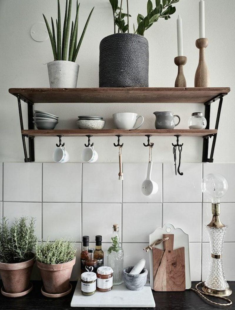 Küchenregale stilvoll Holz offen Wand