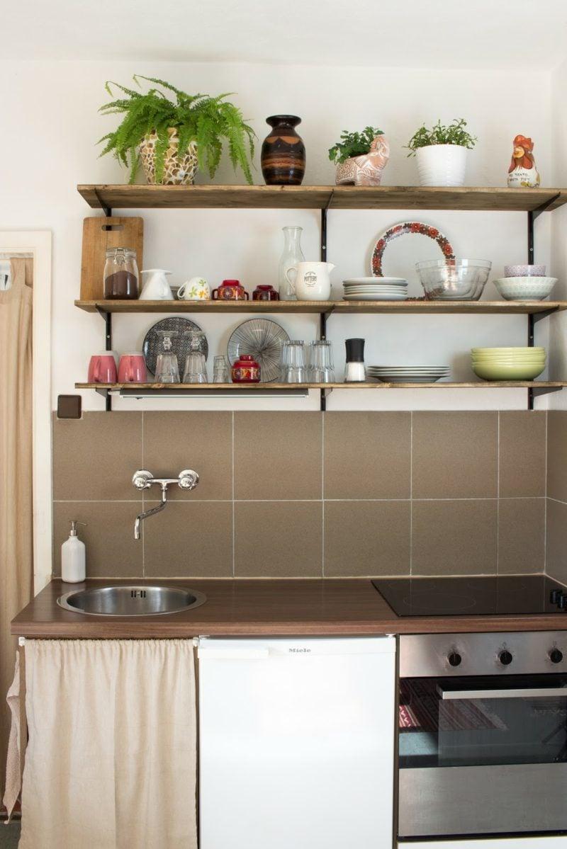 Küchenregale Wand minimalistisch Holz