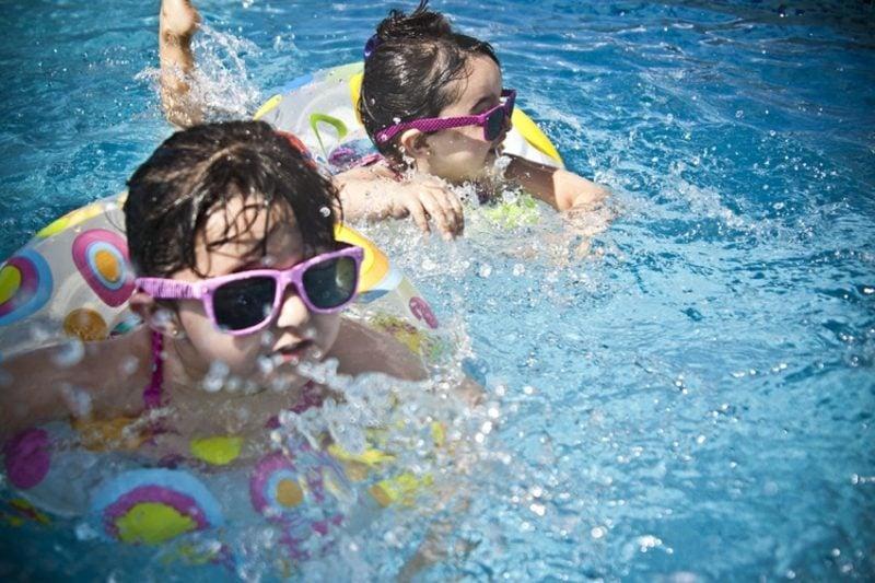 Einladung Kindergeburtstag Mottoparty Schwimmbad