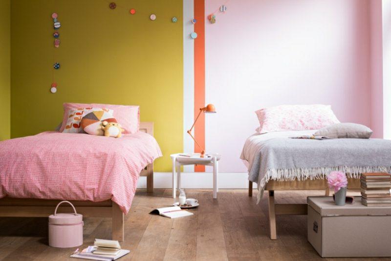 Kinderzimmer streichen Senfgelb und Rosa