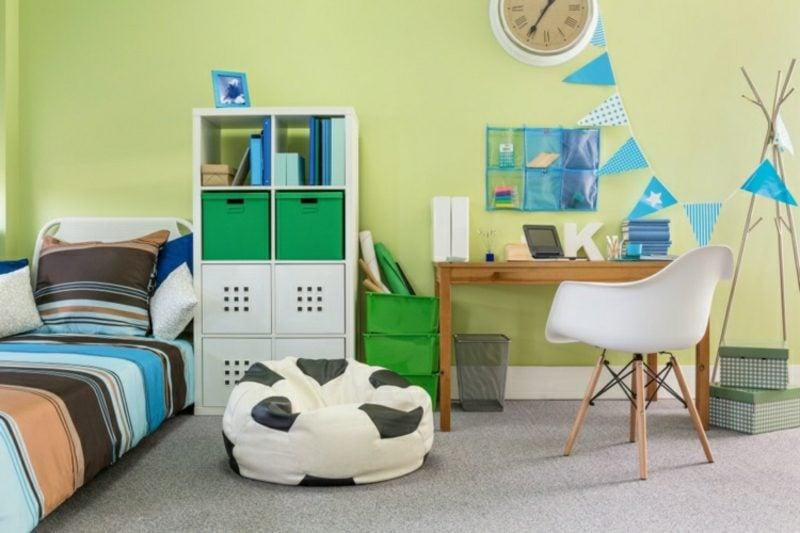 Kinderzimmer streichen Pastelgrün origineller Look