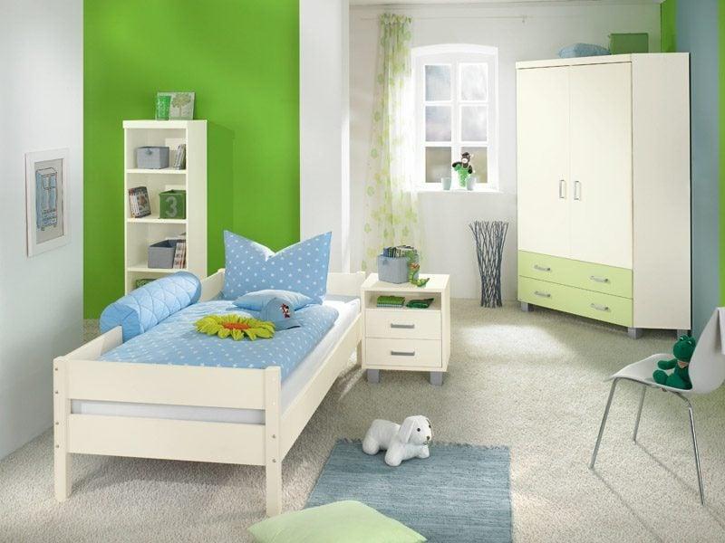 Kinderzimmer streichen Weiss und Grün