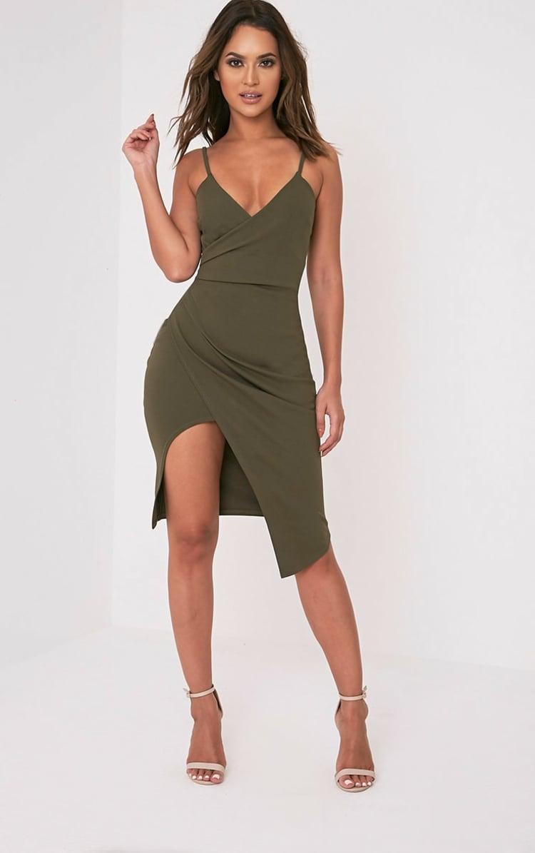 Khaki Farbe attraktives Sommerkleid