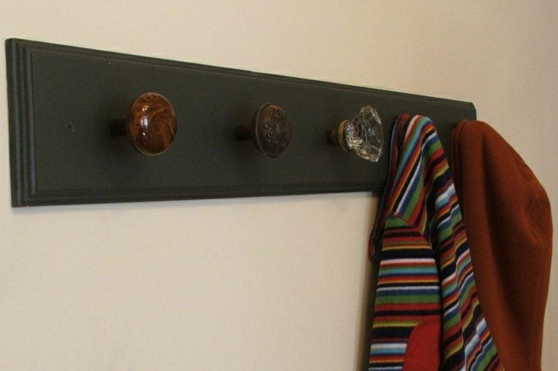 Kleiderhaken selber machen Schubladenknöpfe