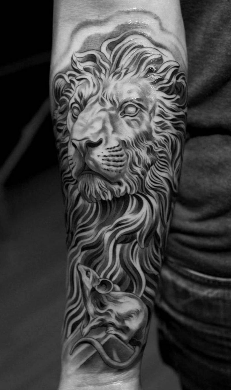 Tattoo Löwe Maus tolle Idee
