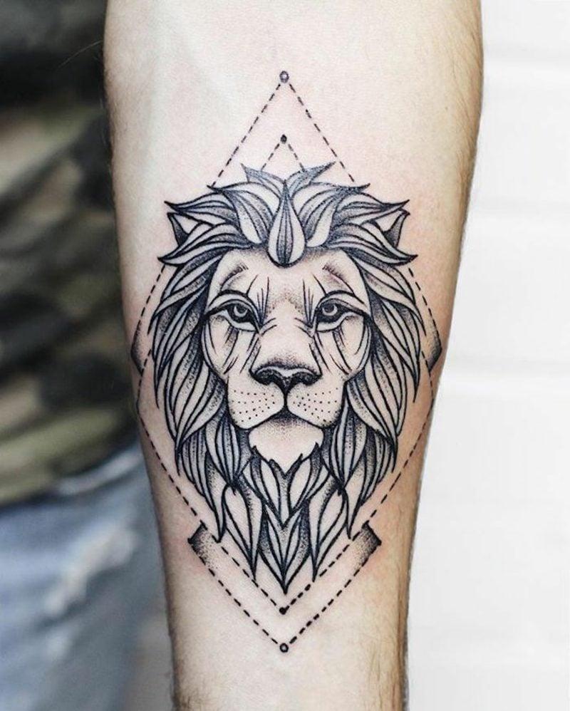 Tattoo Löwe stilisiert geometrisch