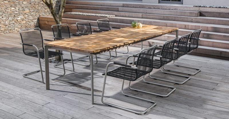 platzsparende Möbel Tisch Stühle Garten