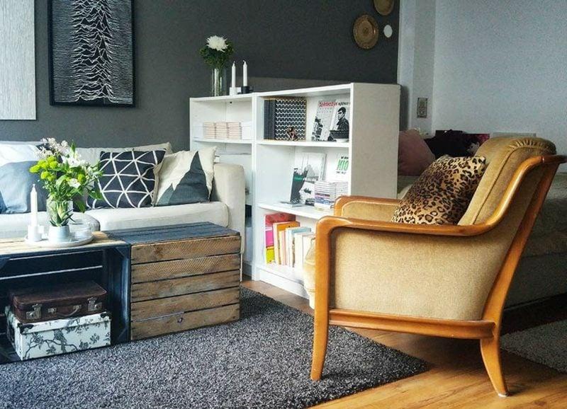 platzsparende Möbel kompakte Regale Wohnzimmer
