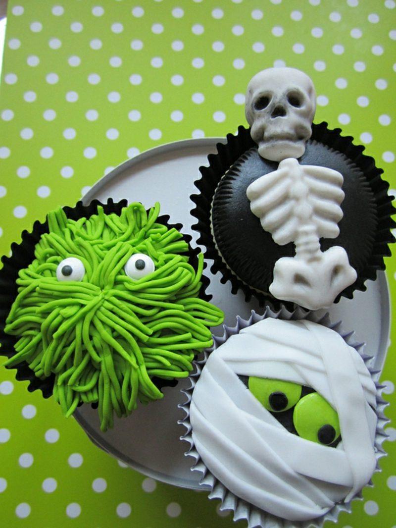 Halloween Muffins Rezept Mumie Skelett