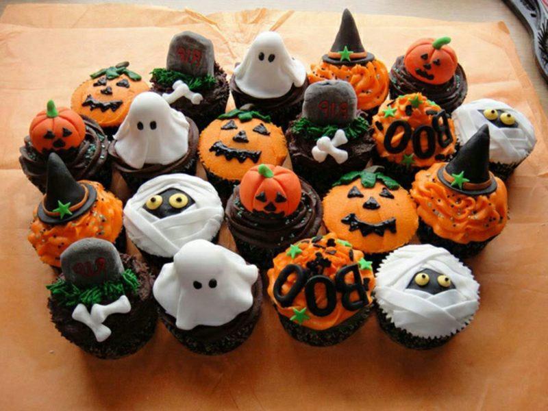 Halloween Muffins Rezept Kürbisse Mumien Gespenster