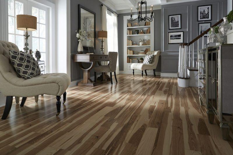 welche Farben passen zusammen Weiss Grau Holzboden Wohnzimmer