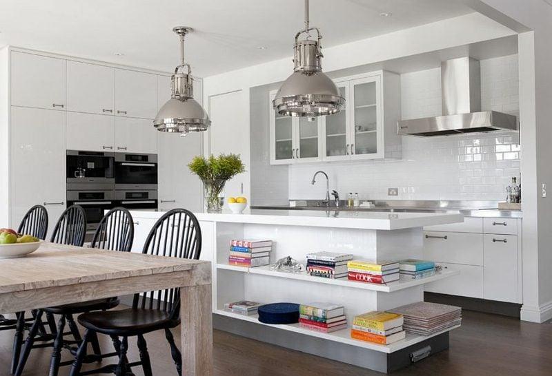 Küchenregale minimalistisch Kochinsel