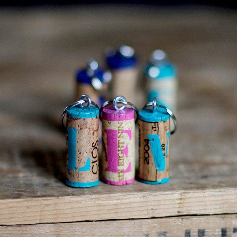 Schlüsselanhänger selber machen Weinkorken