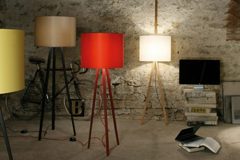 Stehlampen modern verscheidene Farben