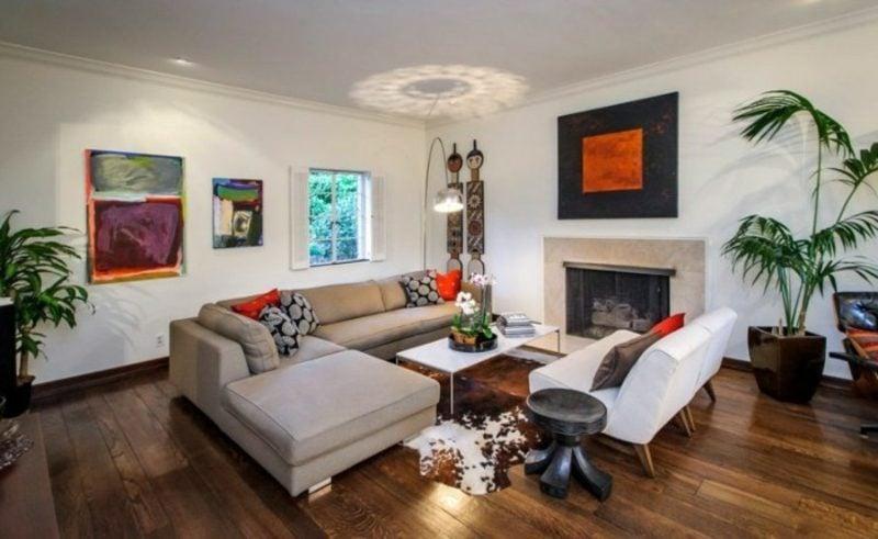 Wohnzimmer farblich gestalten Neutralfarben Kamin