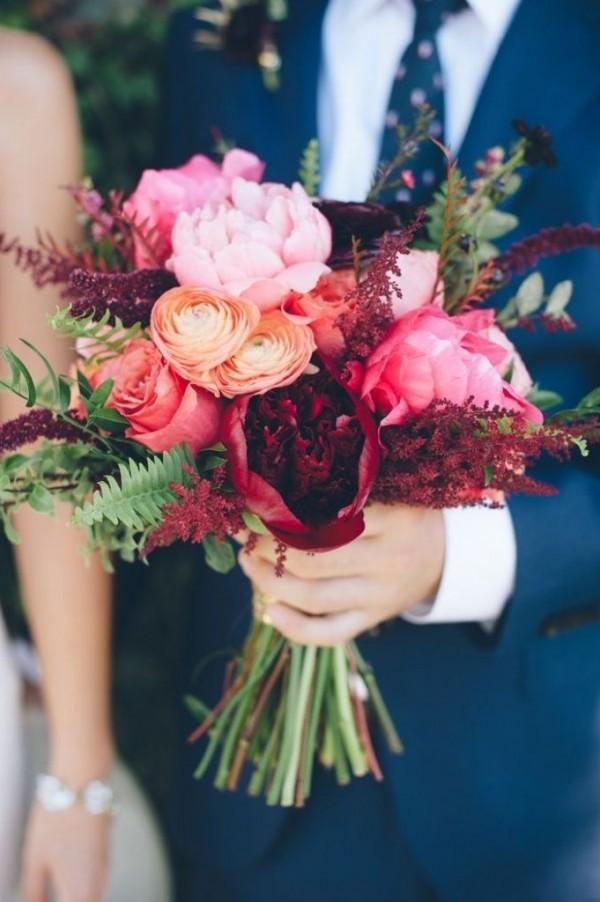 Hochzeitsstrauß Vintage mit Waldblumen