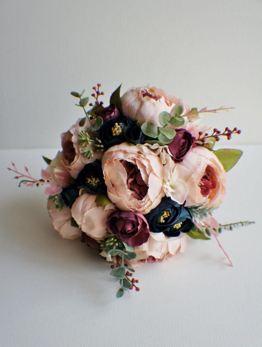 Brautstrauß Wiesenblumen - Ideen für eine Vintage Hochzeit