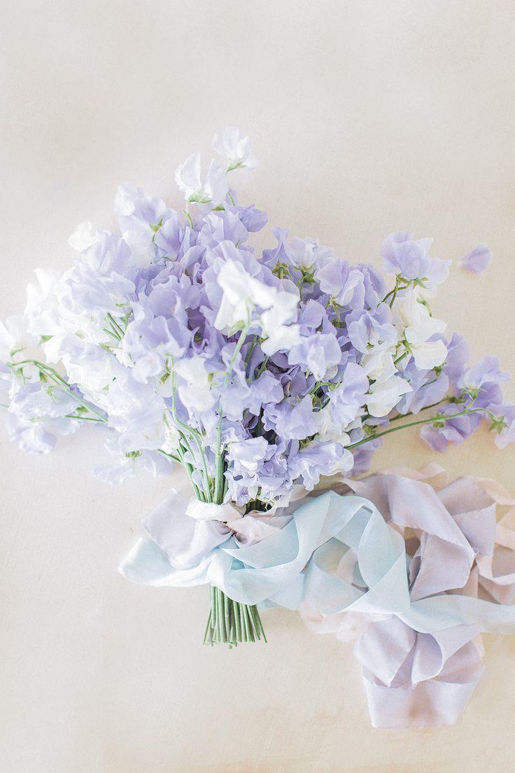 Brautstrauß Vintage mit der modernen Farbe des Jahres - violett