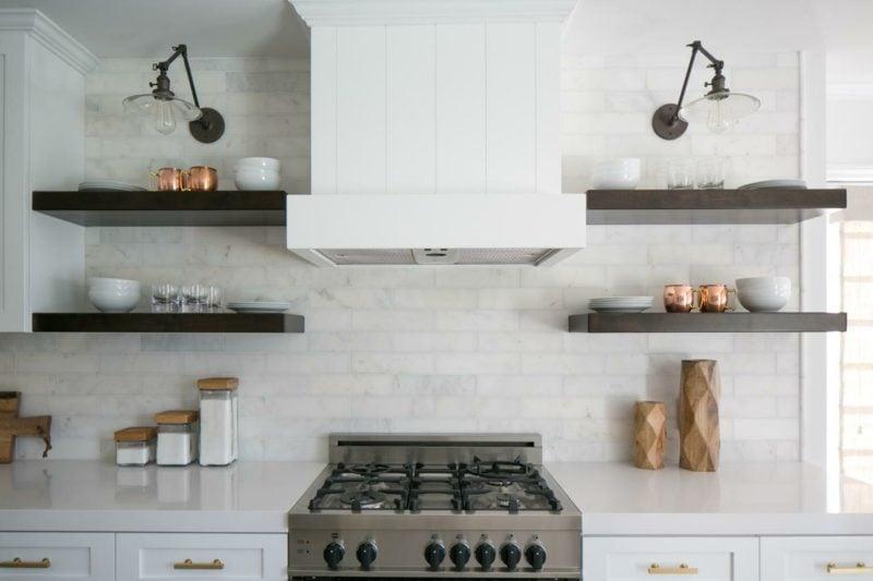 Küchenregale minimalistisch Holz Stauraum