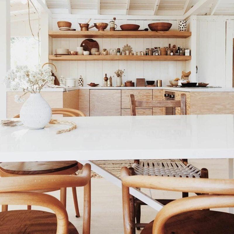 Küchenregale offen minimalistisch Blickfang