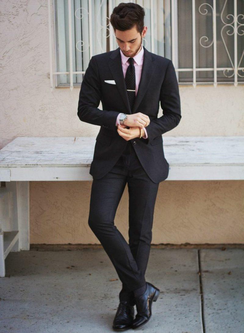 Anzüge Herren schwarze Krawatte rosa Hemd