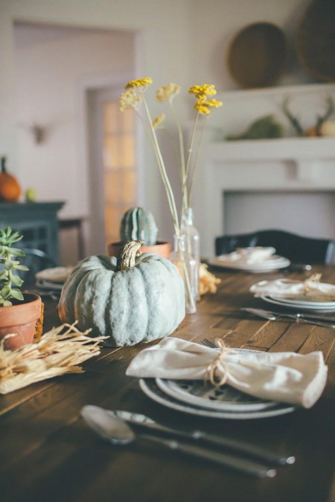 Tischideen und Ambiente: schlichte Tischdeko
